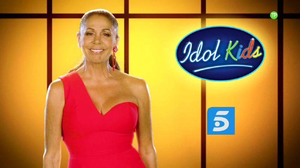 Foto: Isabel Pantoja, en la promo de 'Idol Kids'. (Mediaset)