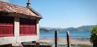 Post de Combarro, el pueblo de las Rías Baixas donde los hórreos se asoman al mar