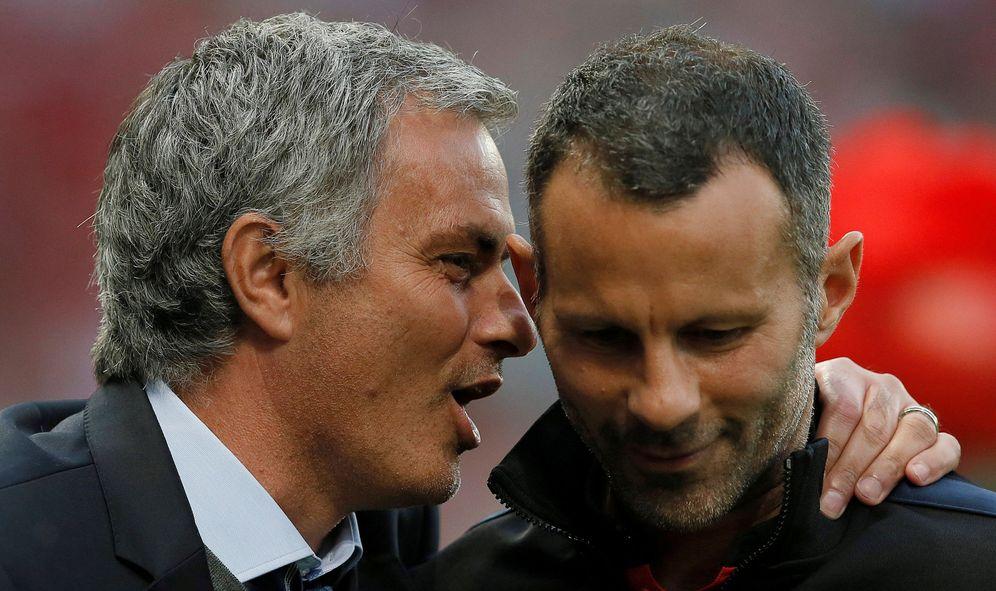 Foto: Giggs y Mourinho, en una imagen de archivo (Reuters)