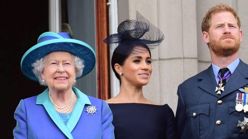 Foto: Isabel II junto a Meghan. (Reuters)