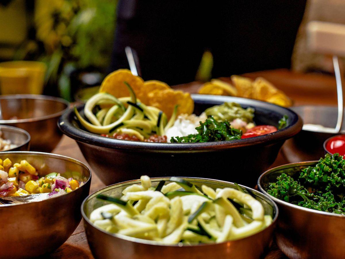 Foto: Recetas saludables y bajas en calorías. (Ralph (Ravi) Kayden para Unsplash)