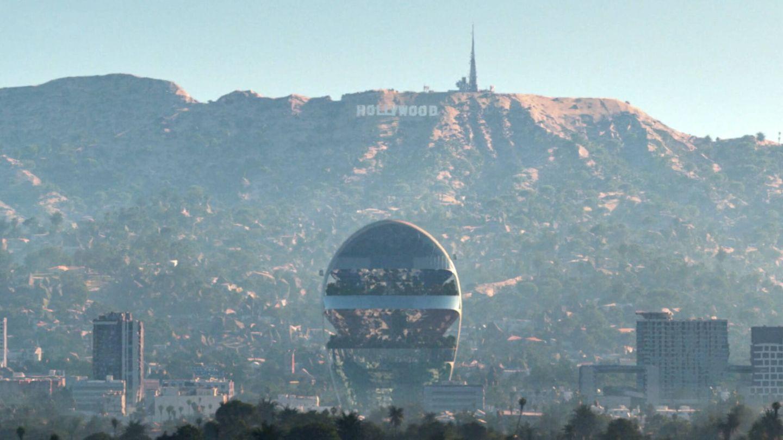 The Star con las colinas de Hollywood de fondo (MAD)