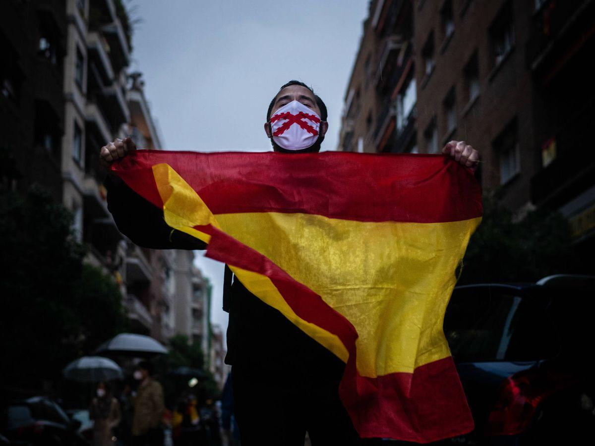 Foto: Cacerolada en la milla de oro de Madrid. (Carmen Castellón)