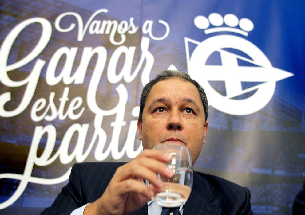 Foto: Tino Fernández, en la presentación de su candidatura (Efe).