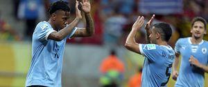 Uruguay golea con los suplentes a Tahití y se verá las caras con Brasil en semifinales