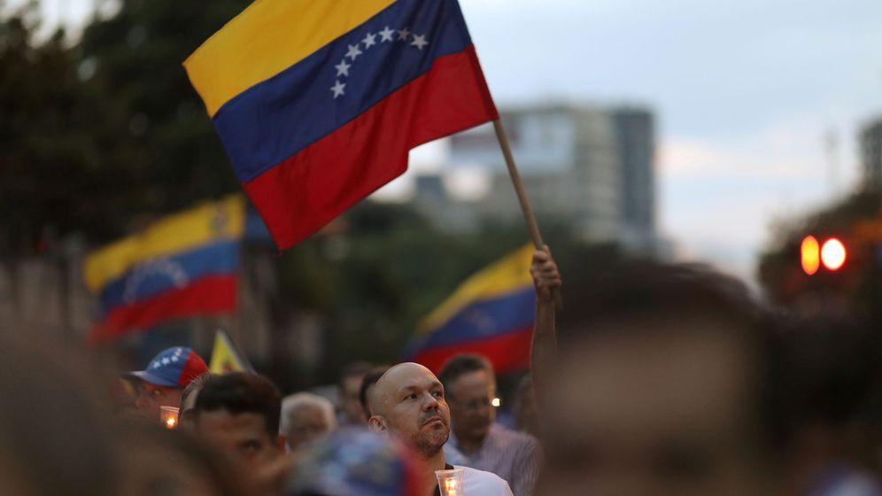 Foto: Vigilia en Caracas, Venezuela, el 5 de mayo. (Reuters)