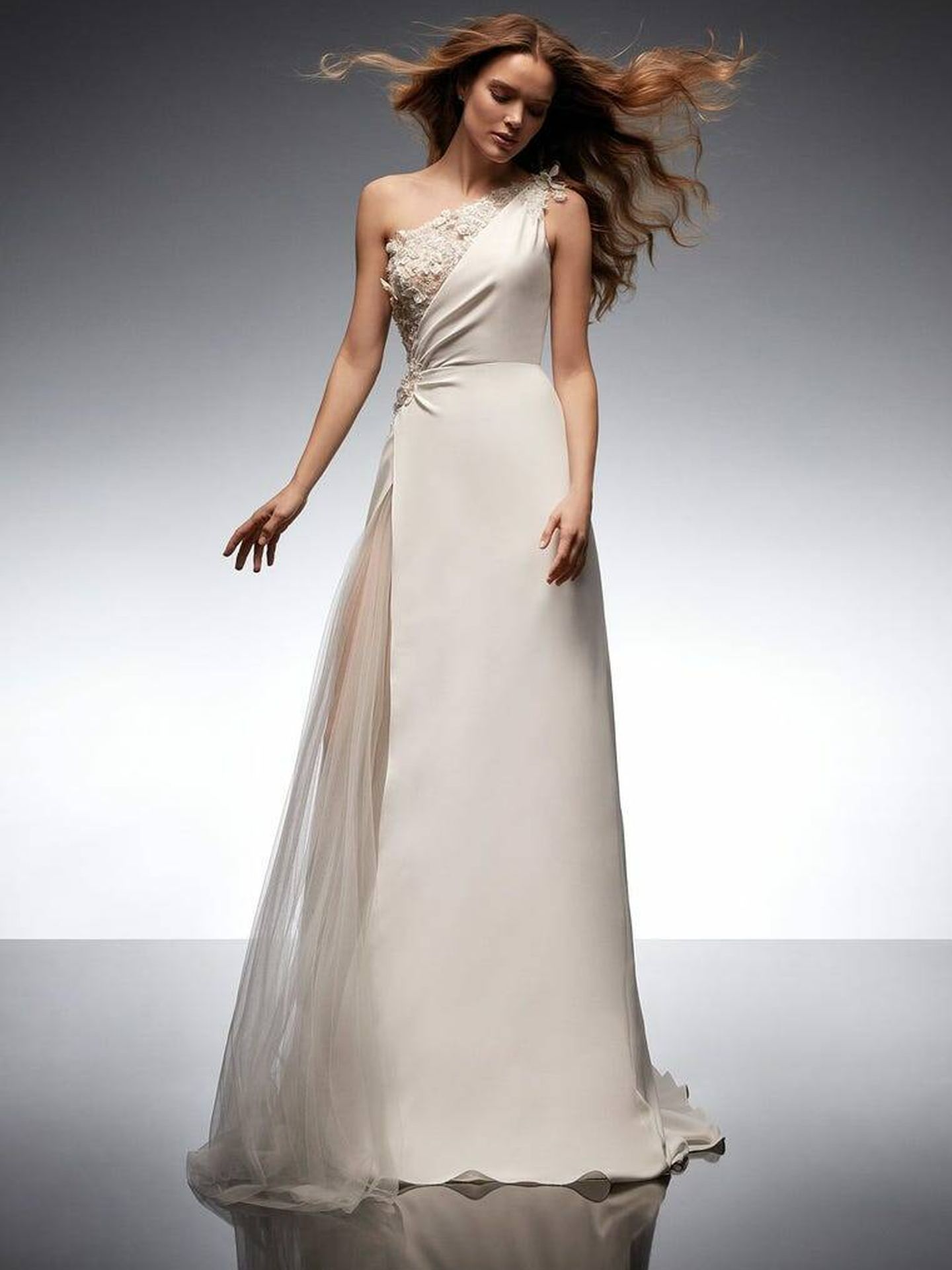 Vestido de novia de la nueva colección de Nicole Milano. (Cortesía)