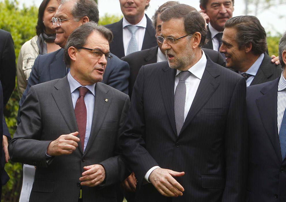 Foto: El presidente del Gobierno, Mariano Rajoy, y el presidente de la Generalitat de Cataluña, Artur Mas. (EFE)