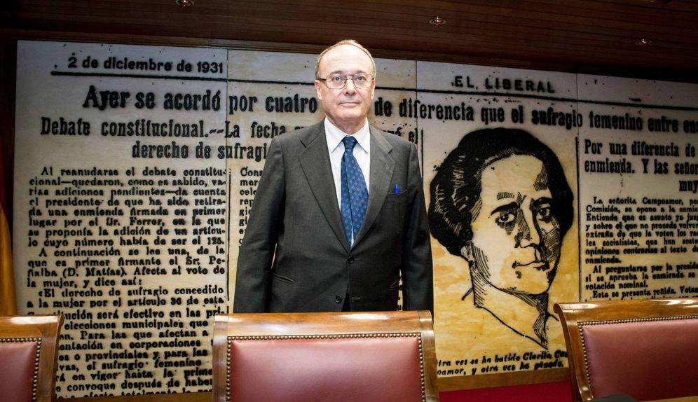 Foto: El exgobernador del Banco de España Luis María Linde. (EFE)