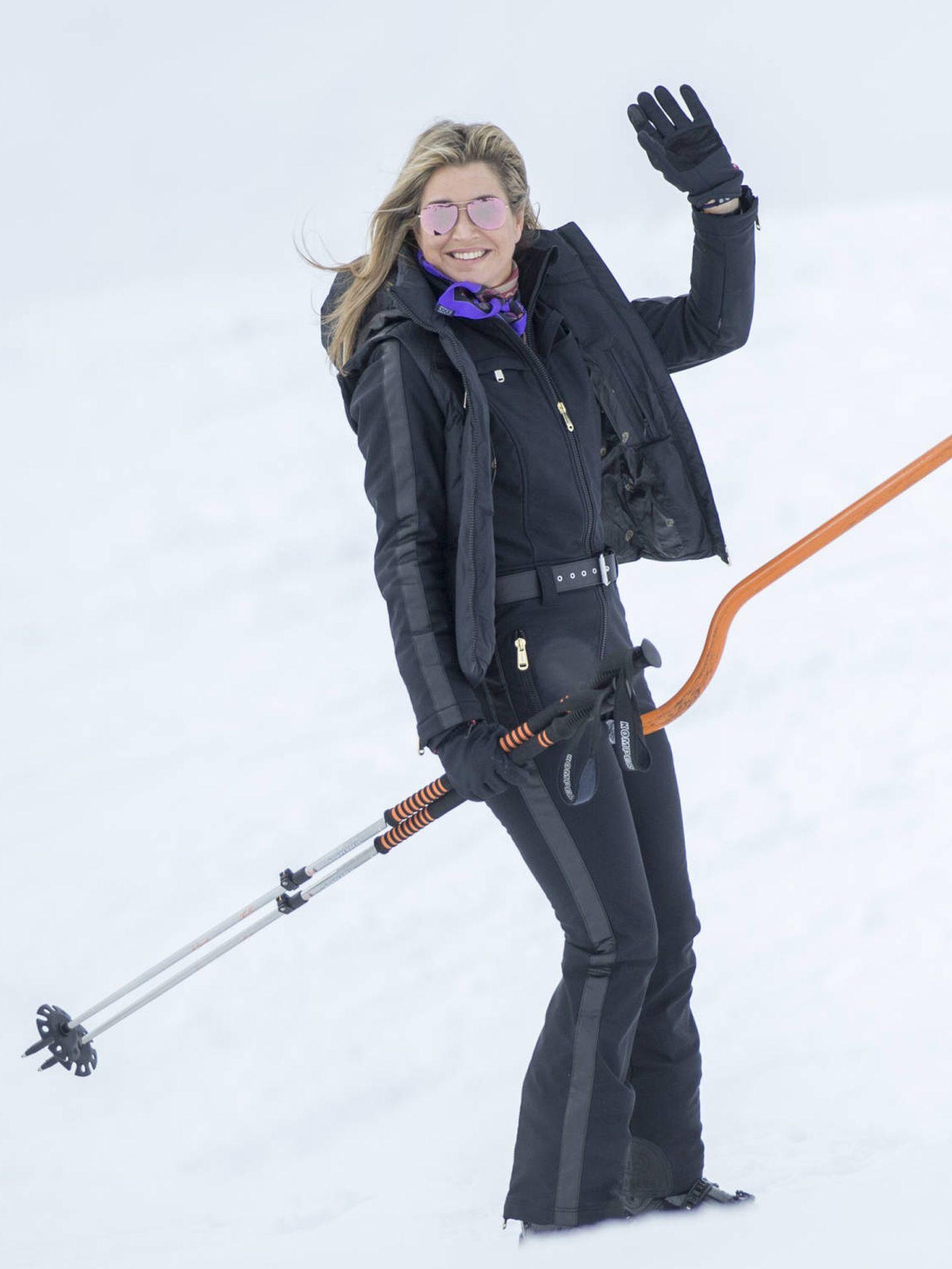 Máxima de Holanda, practicando esquí en Lech, Austria. (Getty)