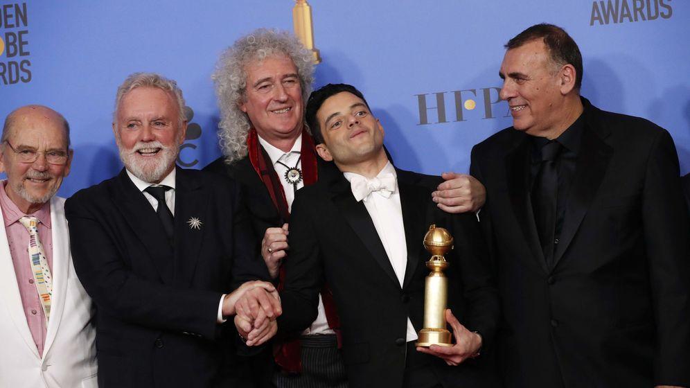 Foto: El equipo de 'Bohemian Rhapsody' celebra la victoria en los Globos de Oro