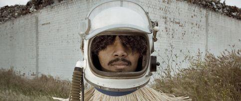 El viaje interplanetario del primer astronauta africano
