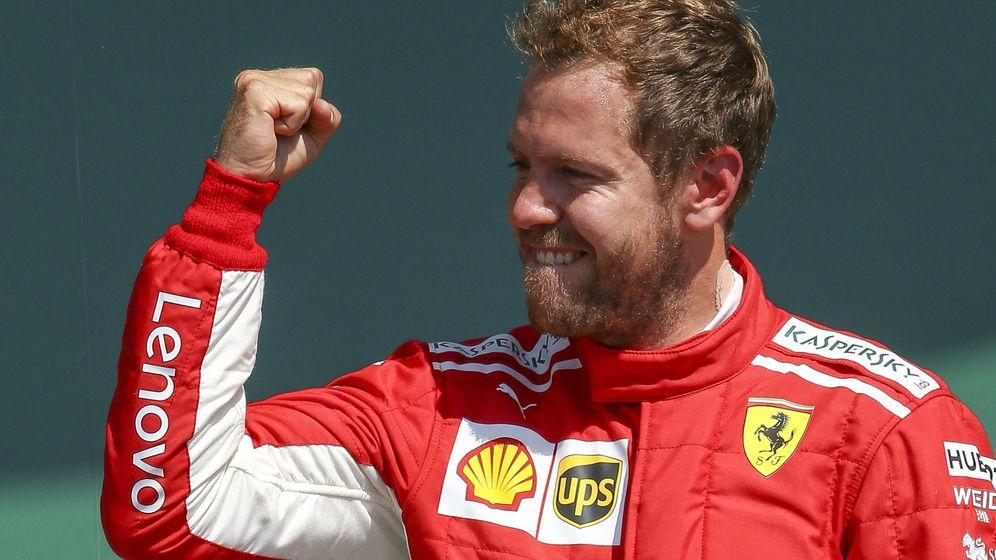 Foto: Vettel celebrando el triunfo en Silverstone. (EFE)