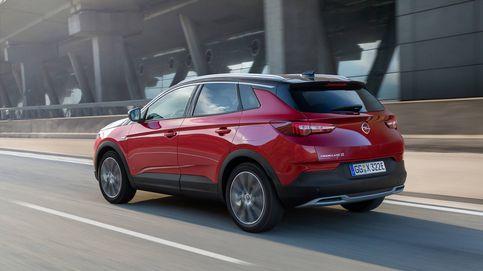 La potencia del nuevo coche híbrido de Opel, un todocamino enchufable (y eléctrico)