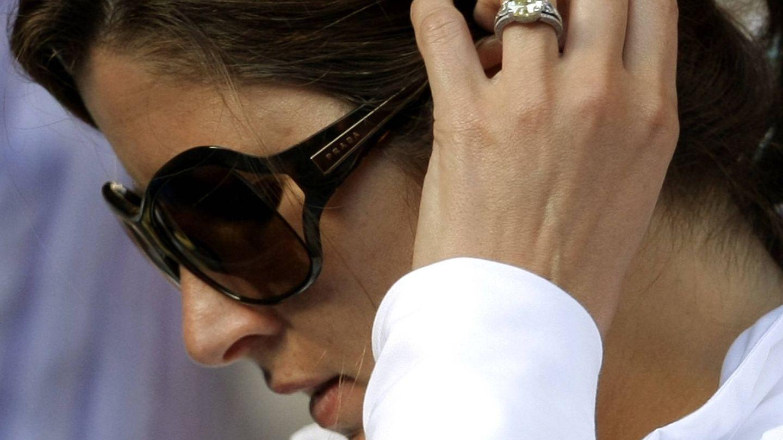 Mirka, muy concentrada durante un partido de su marido. (Reuters)