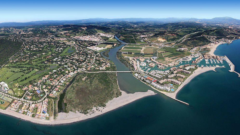 Foto: Vista aérea de Sotogrande, Cádiz.