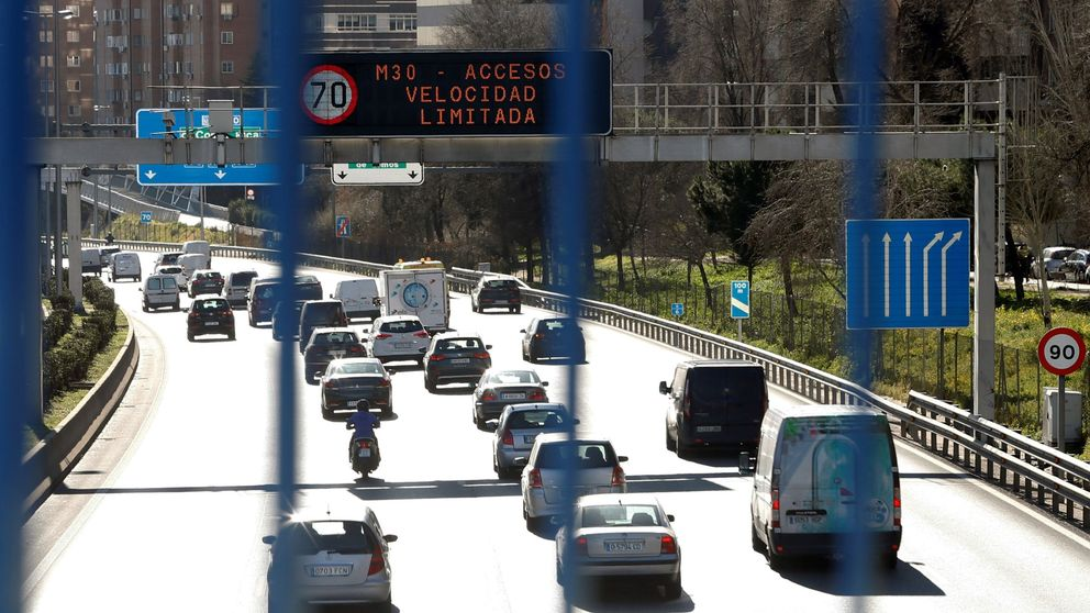 ¿Puede un coche sin etiqueta de la DGT circular por Madrid? ¿Y si hay protocolo?