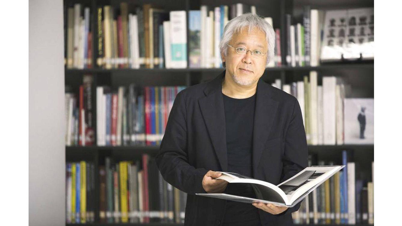 Foto: Kenya Hara (Tokio, Japón, 1958) es diseñador, editor, profesor y director creativo de Muji.