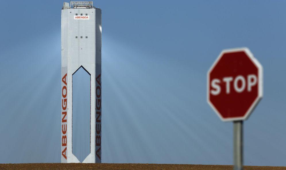 Foto: Torre de Abengoa Solar en Sanlucar la Mayor. (Reuters)
