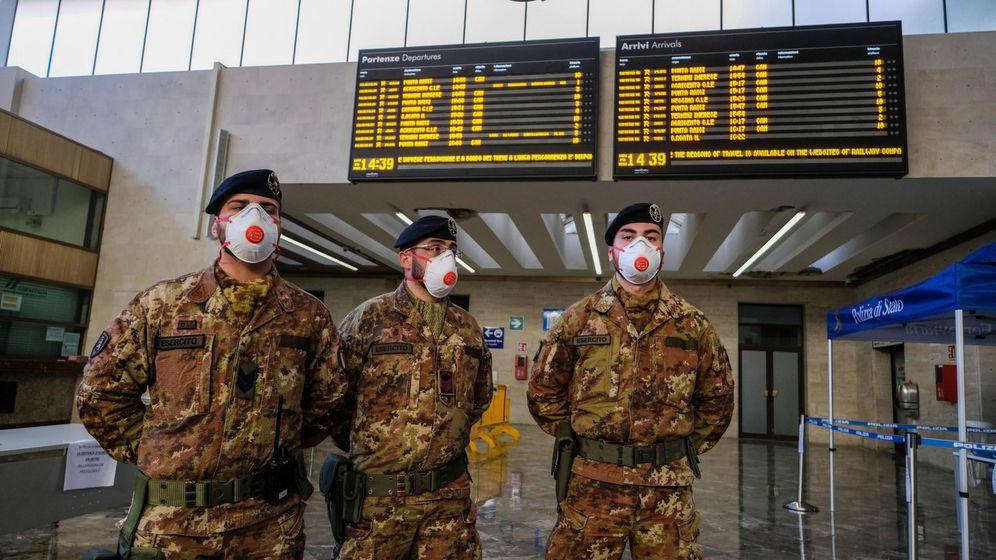 Foto: Soldados en la Estación de Palermo. (EFE)