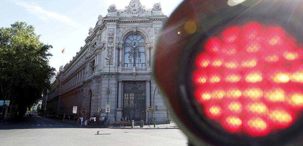 Foto: Fotografía de archivo que muestra la fachada de la sede del Banco de España en la plaza de Cibeles de Madrid. (EFE)