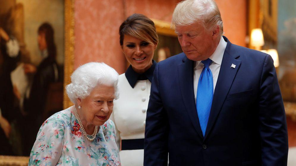 Foto: Los Trump con la reina Isabel II en Buckingham. (Reuters)
