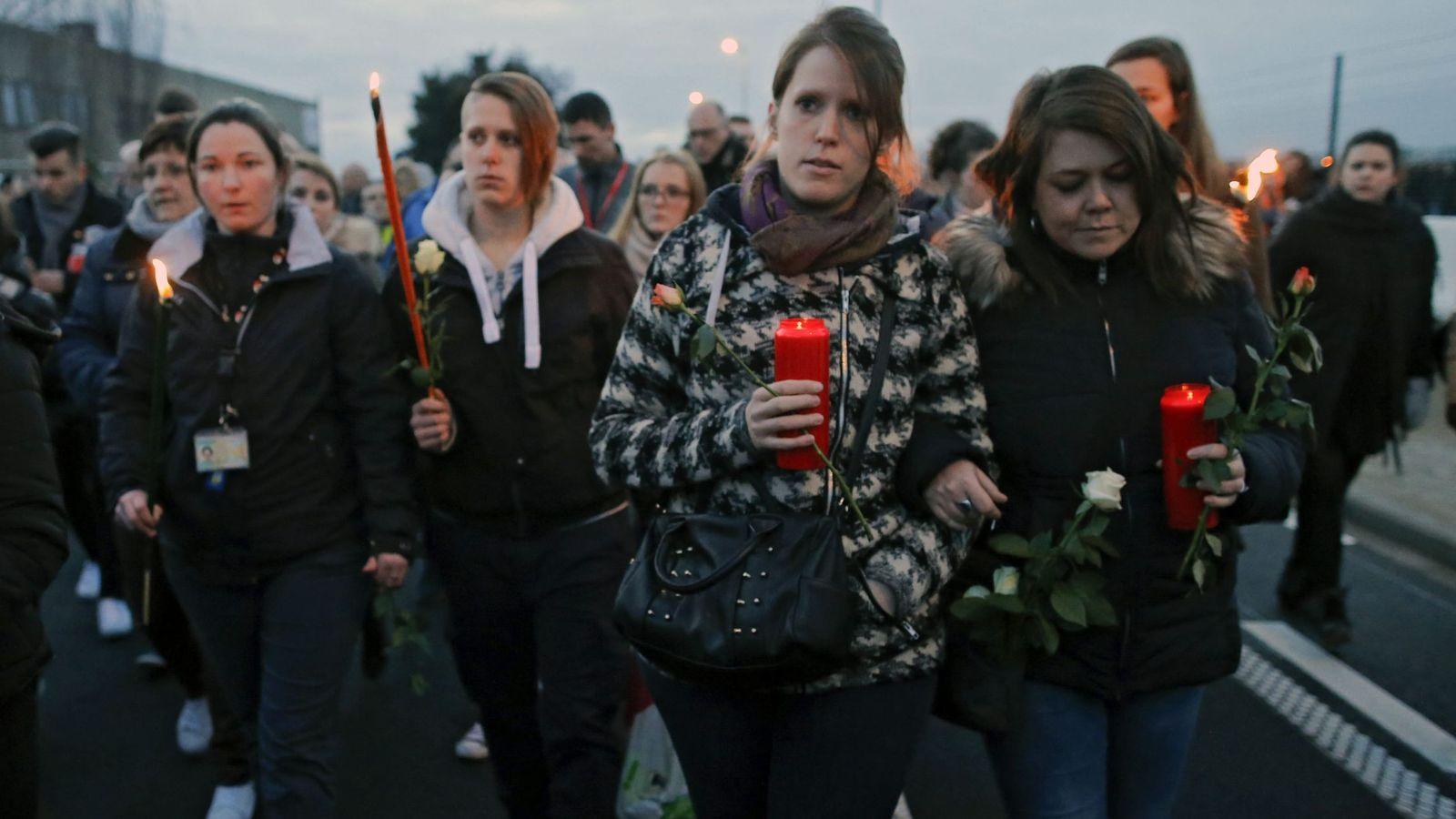 Foto: Marcha silenciosa en memoria de las víctimas. (Efe)