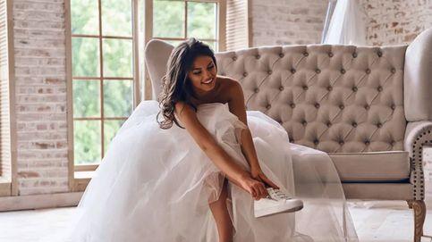 Apuesta por los zapatos de novia planos con diseños low cost