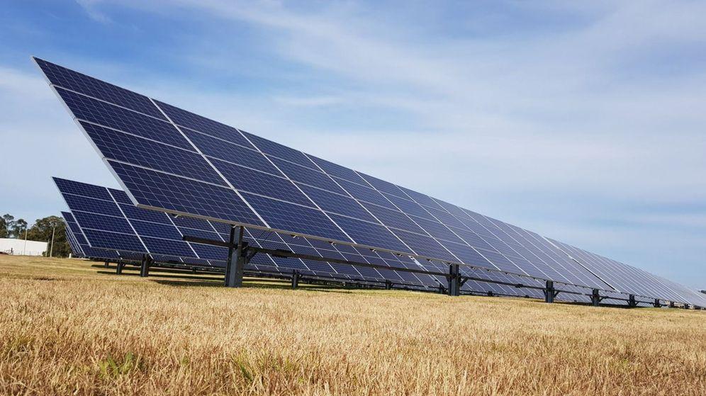 Foto: Imagen de archivo de una planta de generación solar fotovoltaica. (EFE)