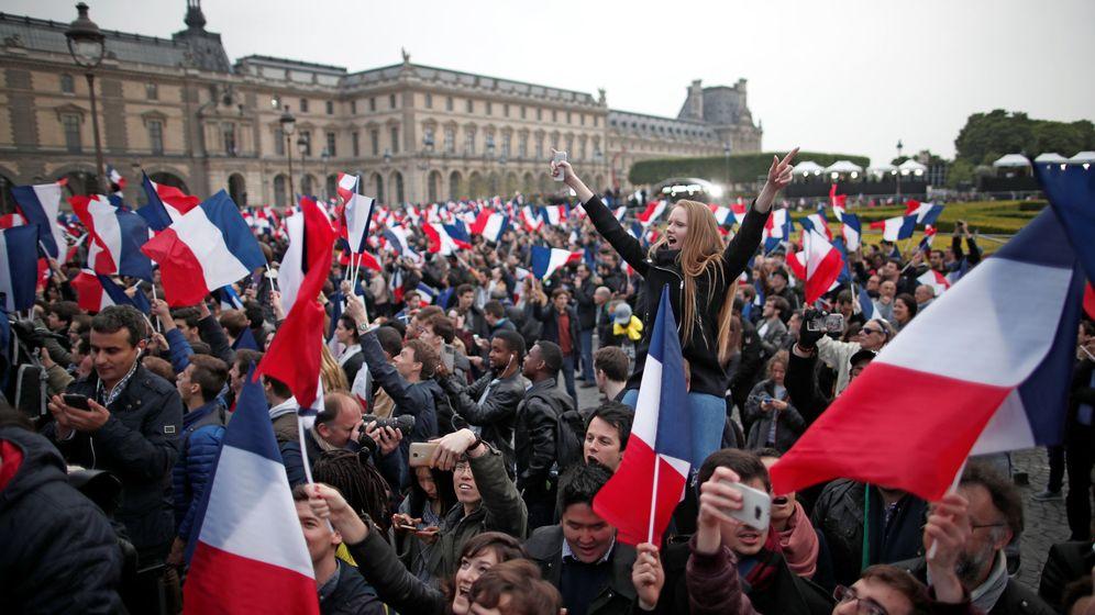 Foto: Imagen de archivo de un mitin de Emmanuel Macron (Reuters)