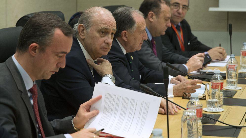 Foto: Reunión de la mesa de evaluación de la amenaza terrorista. (EFE)