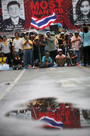 Las revueltas de Tailandia marcan el fichaje de Robinho
