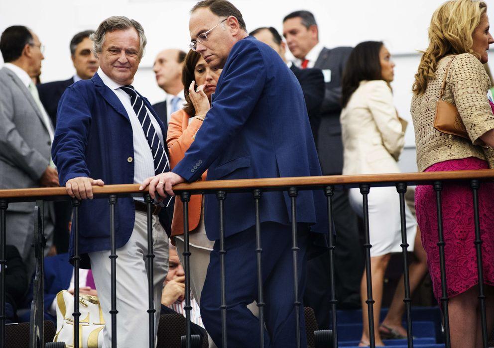 Foto: A la izquierda, Ignacio López del Hierro. (EFE)