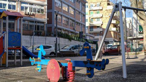 Italia estudia abrir los patios de los colegios para que los niños socialicen en verano