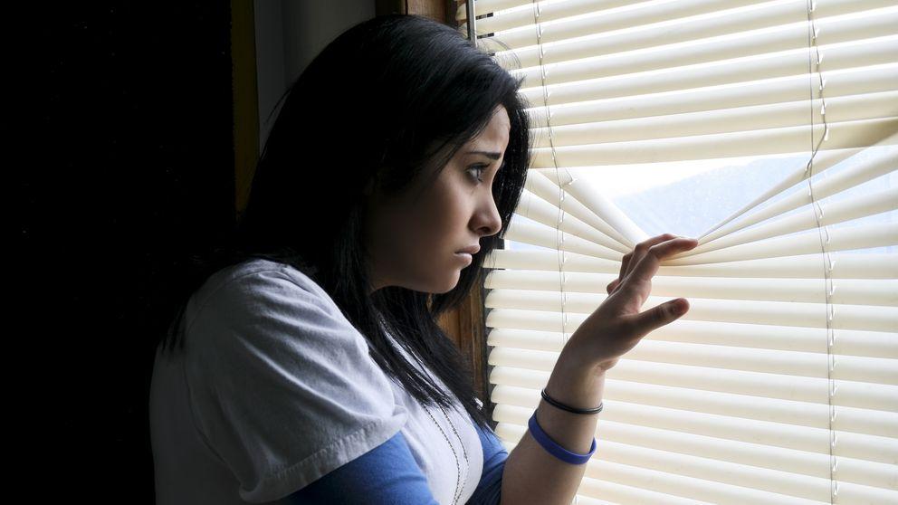 """Un 33% de personas espía a sus vecinos...  para ver """"si están bien"""""""