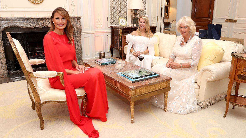 Melania, Suzanne Ircha y Camilla. (Reuters)