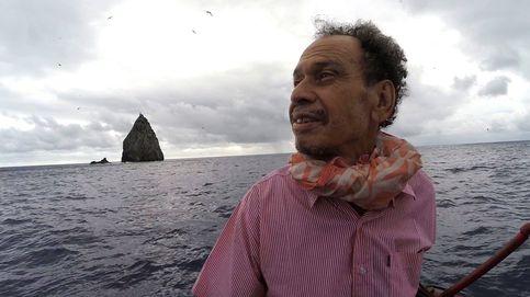 El regreso de Kolo Fekitoa a 'Ata, la isla desierta donde naufragó 50 años antes