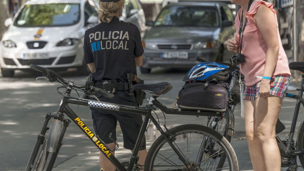 Foto: La Policía Local de Palma de Mallorca busca a la autora del atropello (EFE/Cati Cladera)