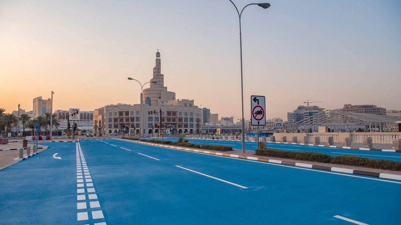 Lo último para enfriar carreteras: pintar el asfalto de azul con material criogénico