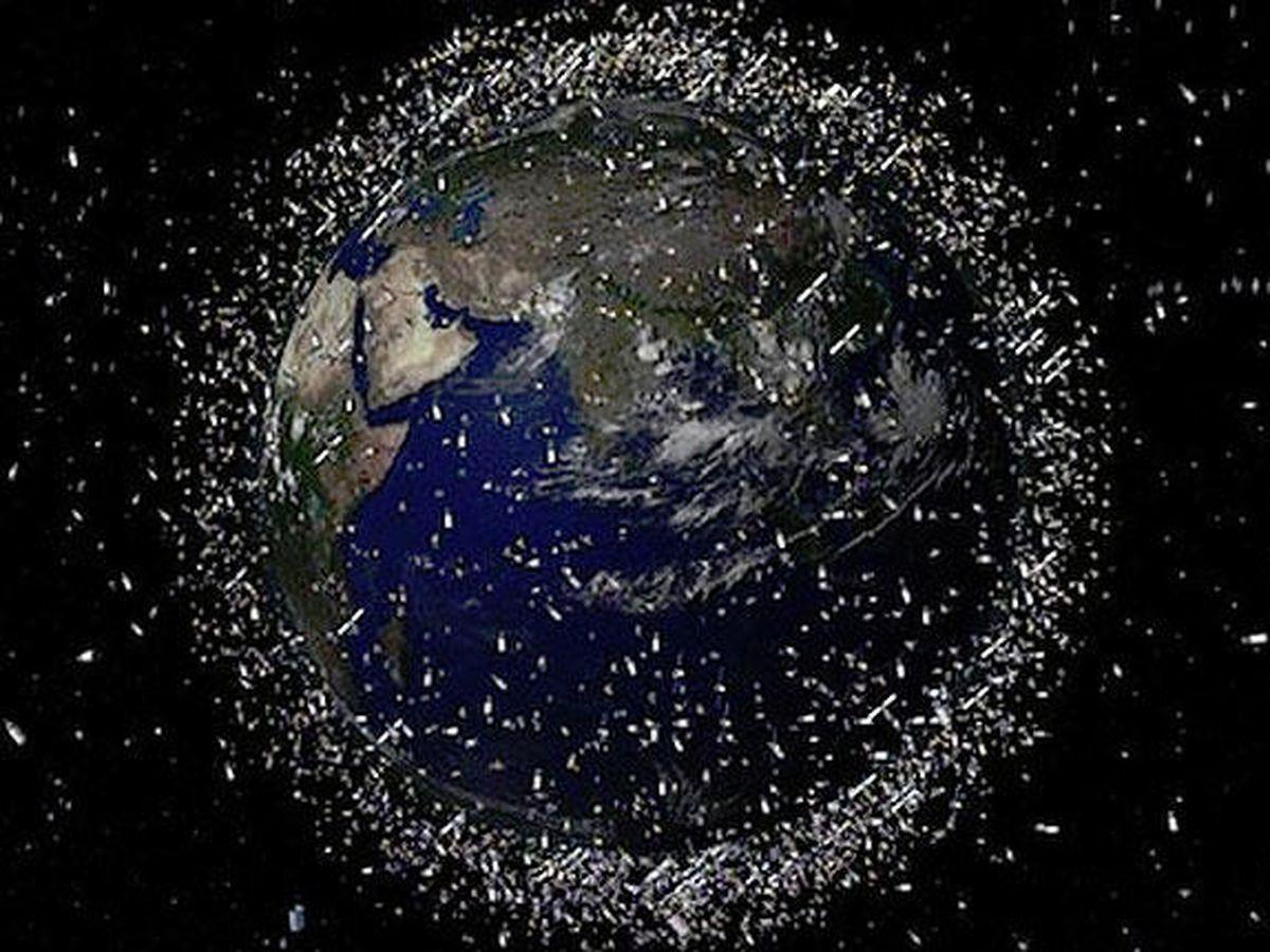 Foto: Simulación de la basura espacial en órbita alrededor de la Tierra