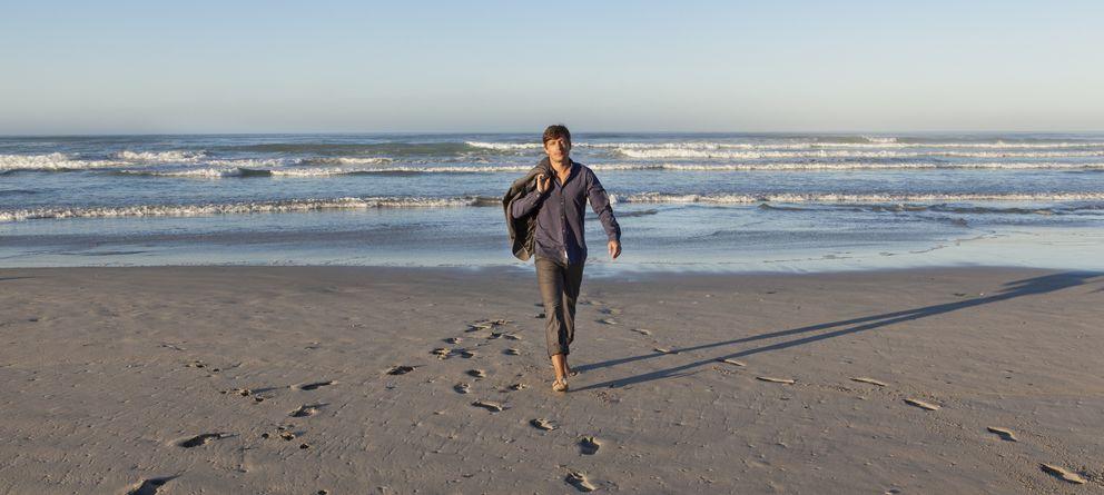 Foto: Debajo de las baldosas (de la oficina) se encuentra la playa que mejorará nuestra salud cardiovascular. (Corbis)
