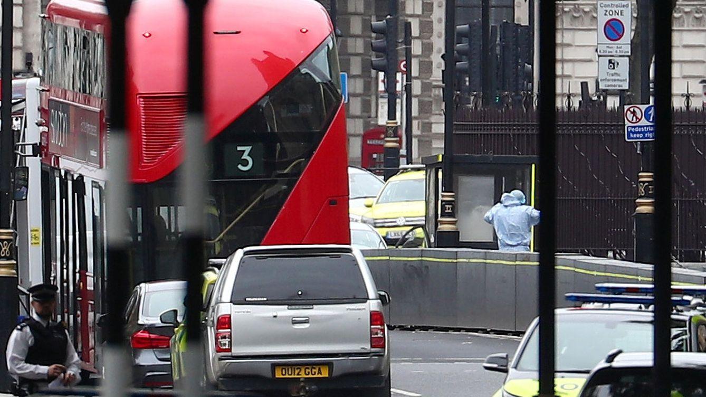 Así fue la embestida del coche que atropelló a dos ciclistas frente al Palacio de Westminster