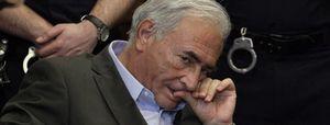 La policía encuentra restos de ADN de Strauss-Kahn en la falda de la camarera agredida