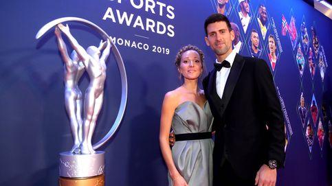 ¿Cómo es la mujer y la familia en la que se recoge Novak Djokovic tras su 'castigo'?