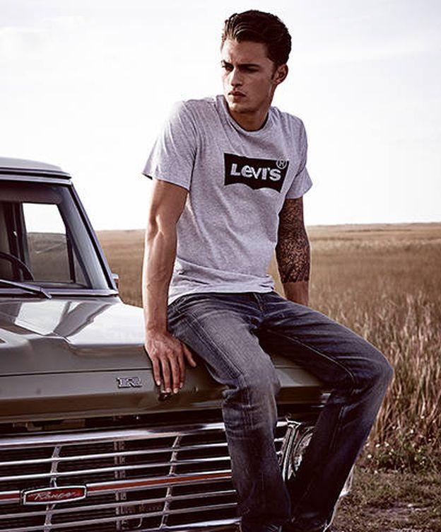 Foto: La camiseta con logotipo de Levi's se ha convertido en el best seller de la temporada. (Imagen: Levi's)