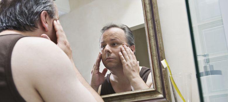 Foto: La crisis de la mediana edad no sólo es psicológica: nuestro físico nota enormemente la llegada de los 50. (Corbis)