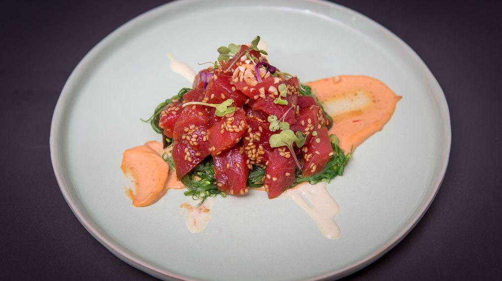 Foto: Atún rojo picante y alga wakame de Arahy