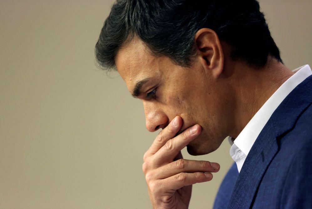Foto: Pedro Sánchez, durante su rueda de prensa de despedida como diputado en el Congreso, este 29 de octubre. (Reuters)