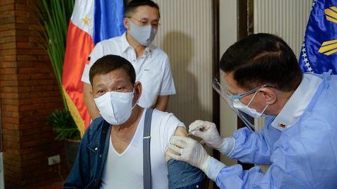 Duterte amenaza con encarcelar a los que se nieguen a vacunarse contra el coronavirus