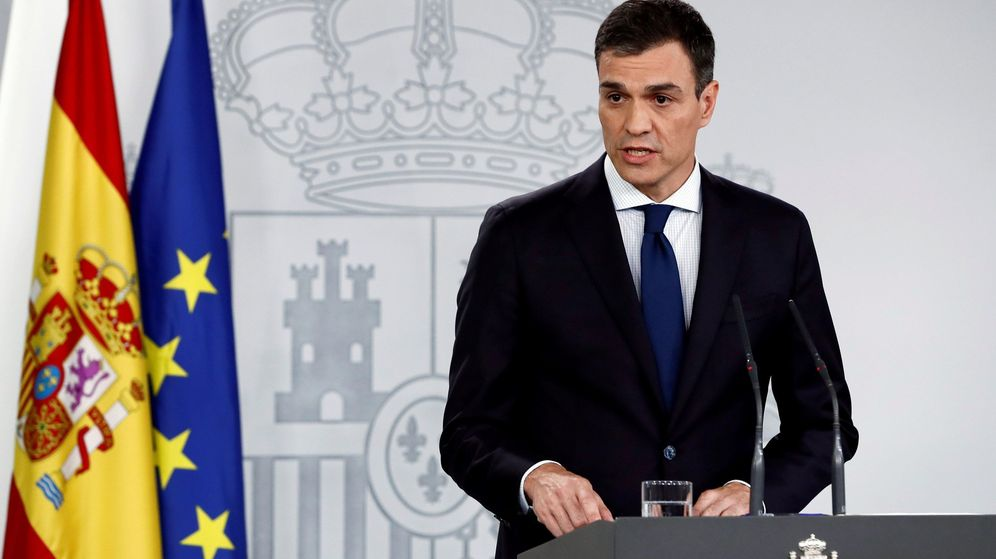 Foto: El presidente del Gobierno, Pedro Sánchez, durante la comparecencia en que ha anunciado la composición de su Ejecutivo. (EFE)